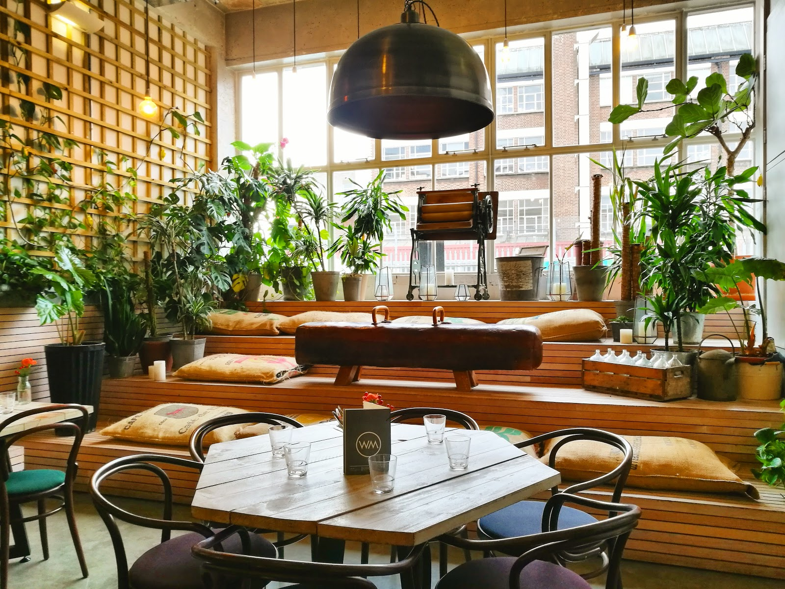 Wringer + Mangle London Fields: A Work-Friendly Place in London
