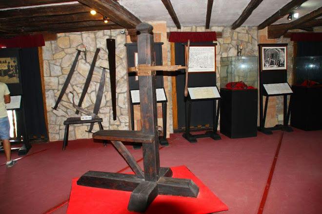 Resultado de imagen de museo tortura santillana