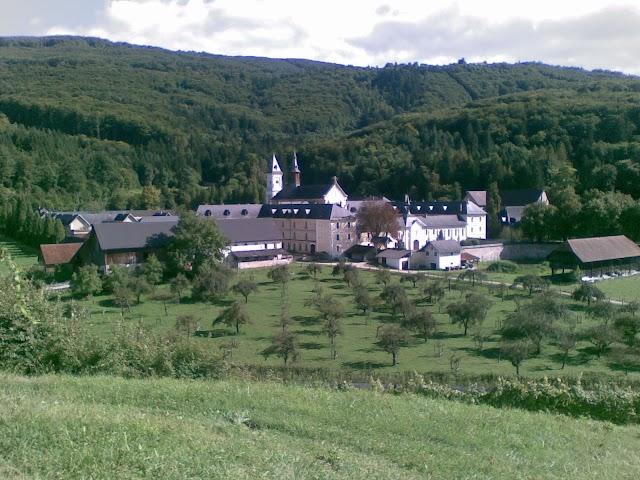 Samostan Pletarje