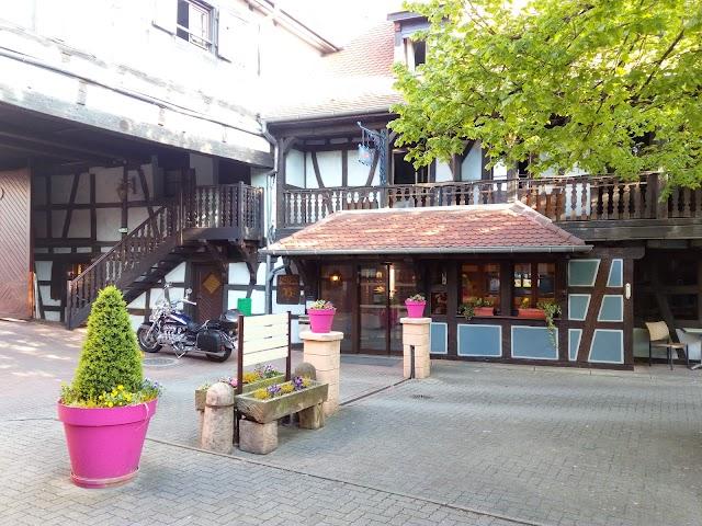 Hotel Pere Benoit