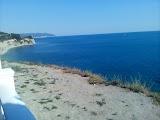 Дикий пляж в Геленджике