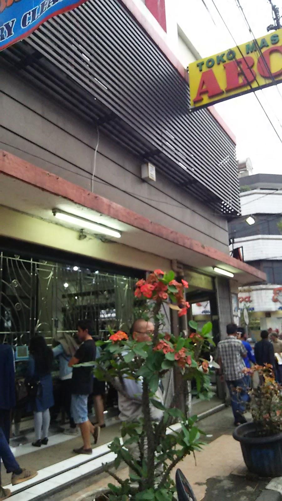 Toko Abc Bandung : bandung, Kepatihan,, Iskandar, Dinata, No.245,, Balonggede,, Regol,, Bandung,, Barat, 40251,, Indonesia