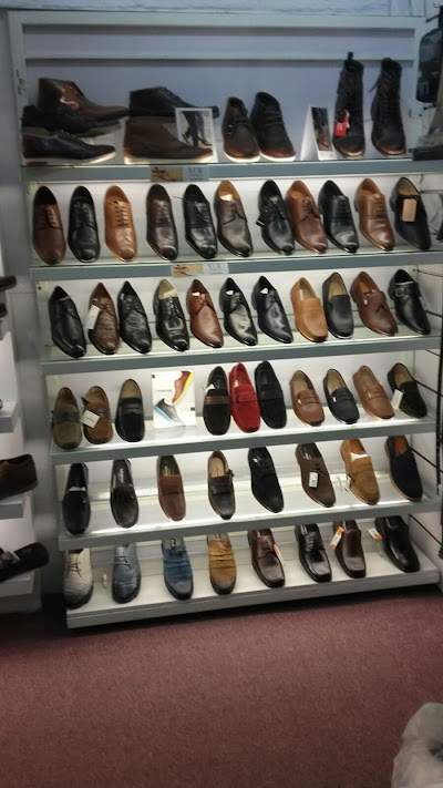 METRO SHOES LIMITED