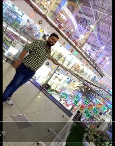 Shri laxminarayan kiryana merchants. Wholesaler