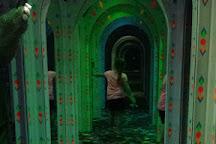 Amazing Mirror Maze, Syracuse, United States