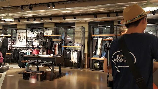 Nike Store Venezia