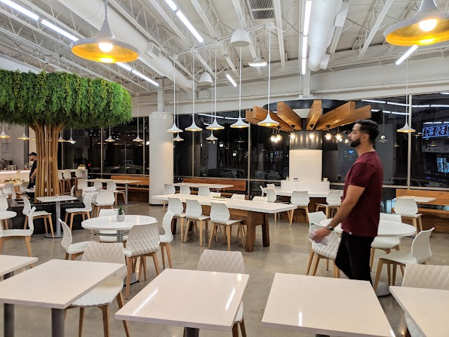Platform 35 Food Court