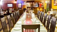 La'esque Lounge & Restaurant