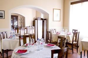 Dogana Vecchia Ristorante & Country House