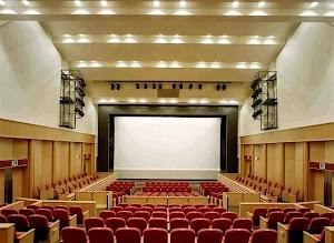 横浜市磯子区民文化センター 杉田劇場