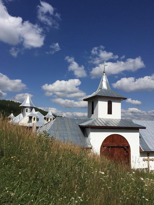 Manastirea Tetu