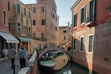 Bottega Tramontin Gondole, Venice, Italy