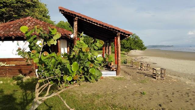 Ecolodge Playa Hermosa