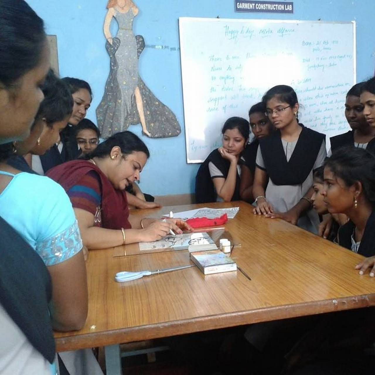 Annai Institute Of Fashion Designing Fashion Technical School In Vellore