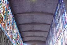 Basilique Notre Dame de la Trinité, Blois, France