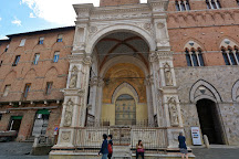 Cappella di Piazza, Siena, Italy
