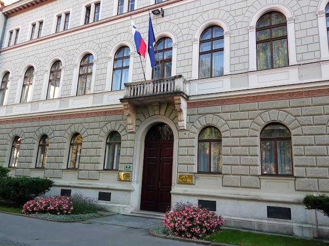 Urad predsednika republike Slovenije
