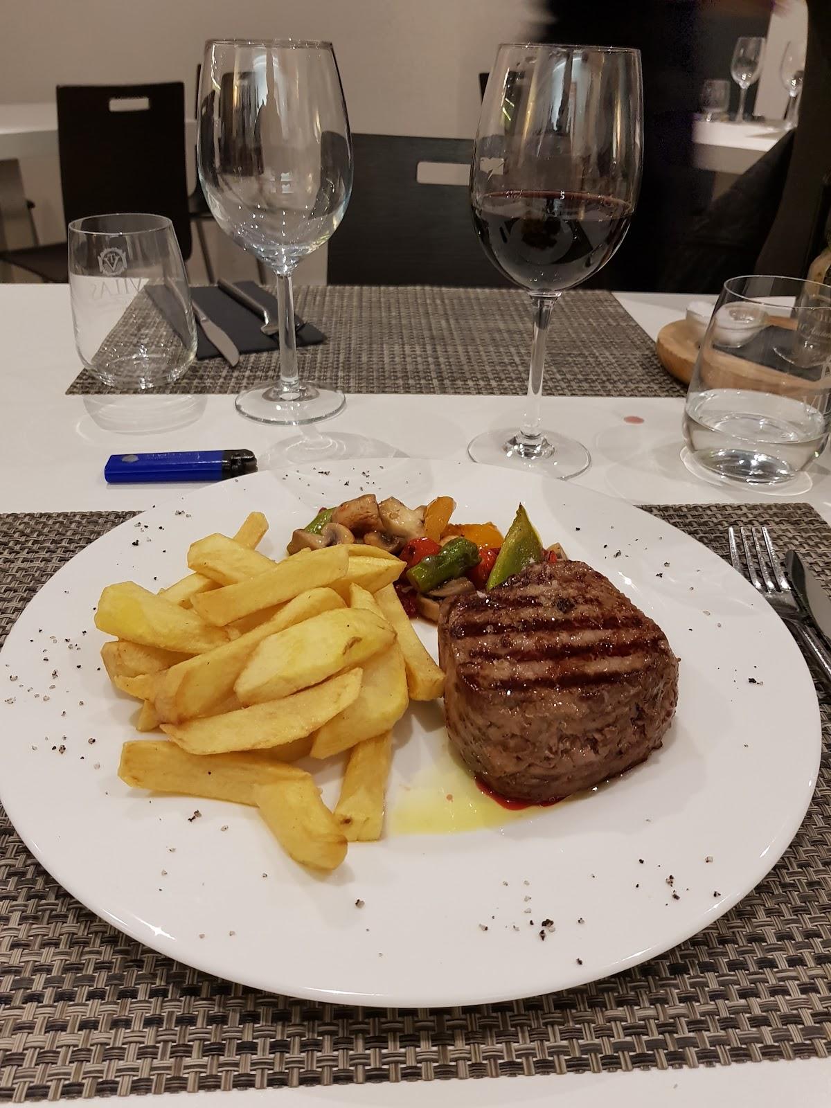 Caliuet Barestaurant