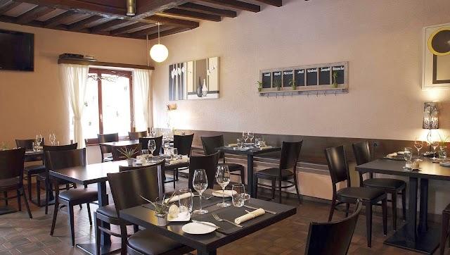 Restaurant - Le Café Suisse