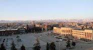 Площадь Вардананц на фото Гюмри