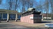 Памятник тильзитскому трамваю на фото Советска