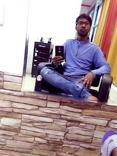 Rootz Professional Salon jamshedpur