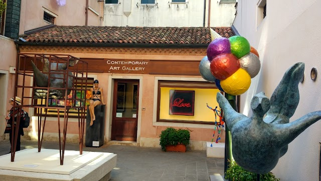 Galleria Traghetto S. A. S.