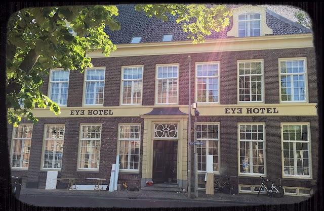 Eye Hotel