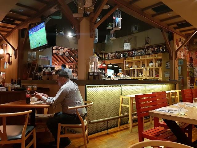 Primos Chicken Bar - Conquistadores