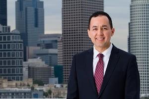 Nelson A. Castillo, Immigration Attorney/Abogado de Inmigración