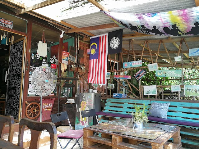 Ombok Cherating Surf Cafe