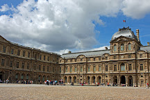 Les Guichets du Palais du Louvre, Paris, France