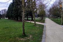 Parc du Cedre, Roissy-en-France, France