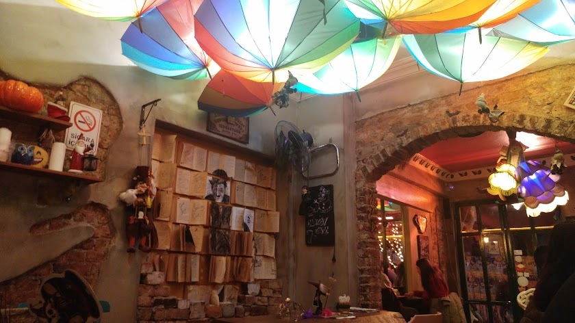 Cadıköy Cafe Resim 6