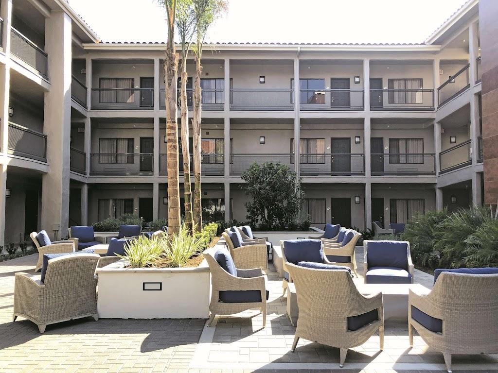 La Quinta Inn & Suites Santa Ana John Wayne Airport, CA