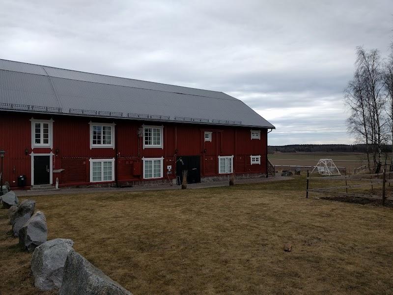 Låsta Farmhotel