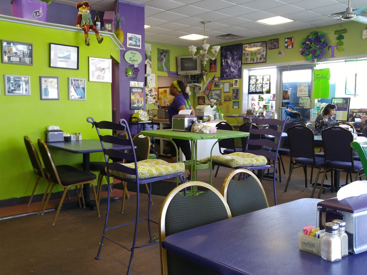 Taylor Cuisine Cafe & Catering 731 N Howe St Image