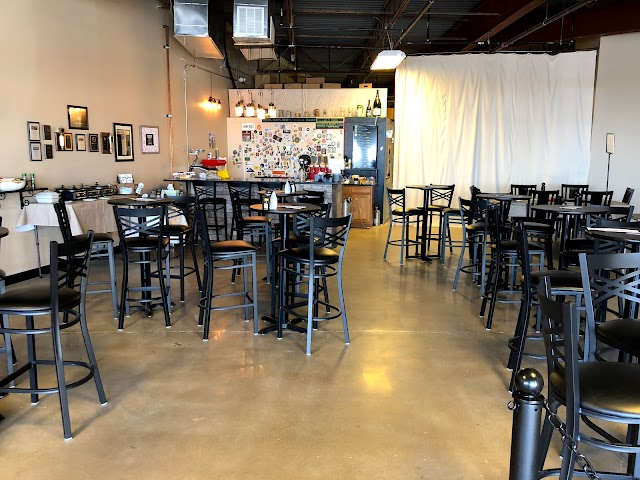 Pippin's Taproom at High Gravity Brewing Company