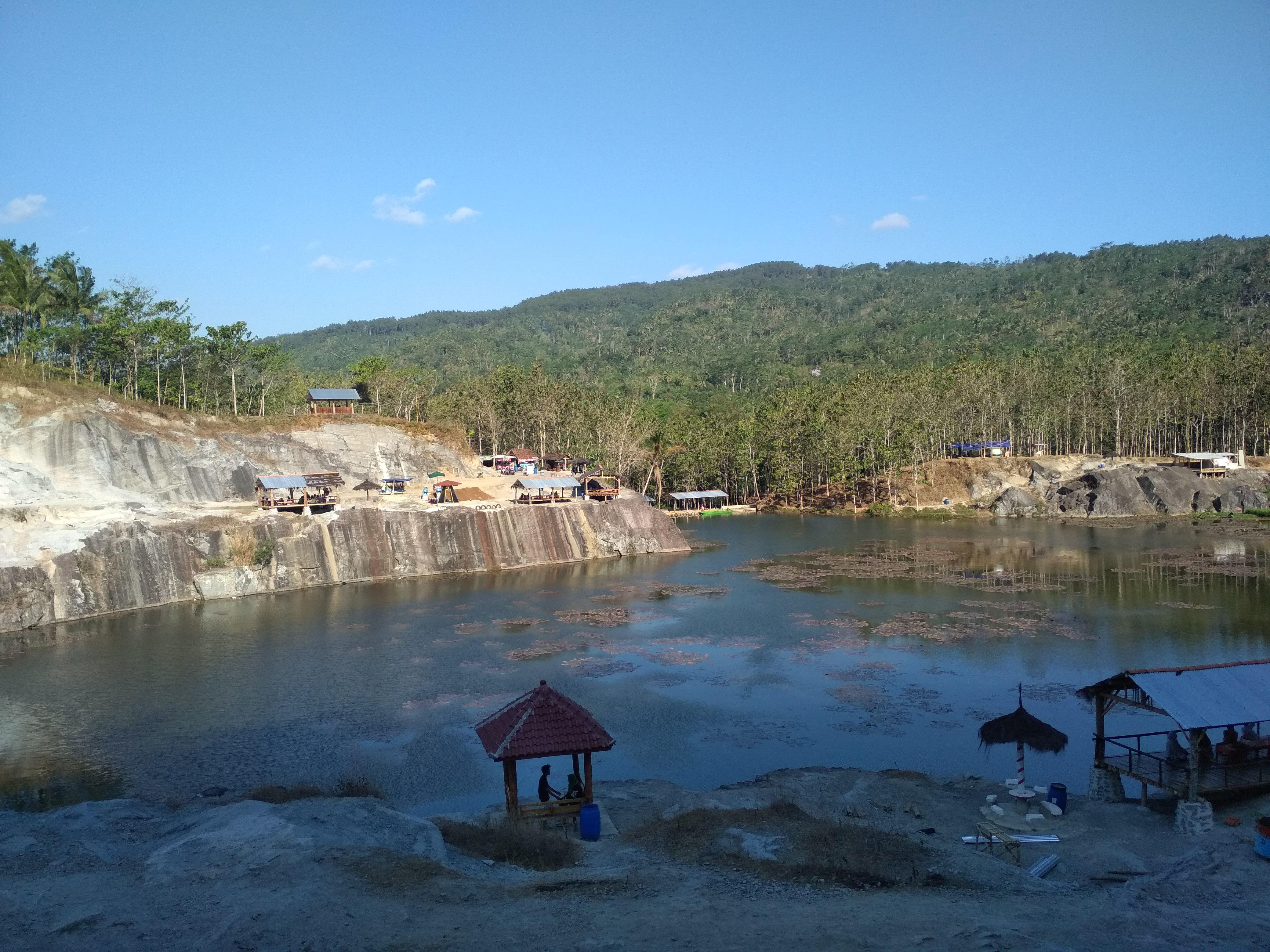Wisata Gunung Tampomas