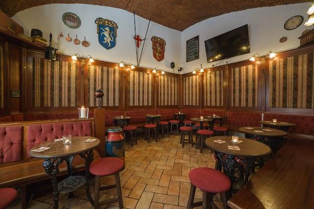 Kikuya English Pub