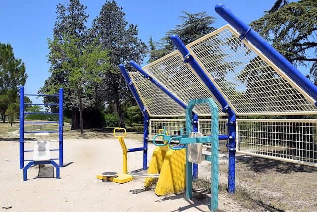 Parc Font Obscure