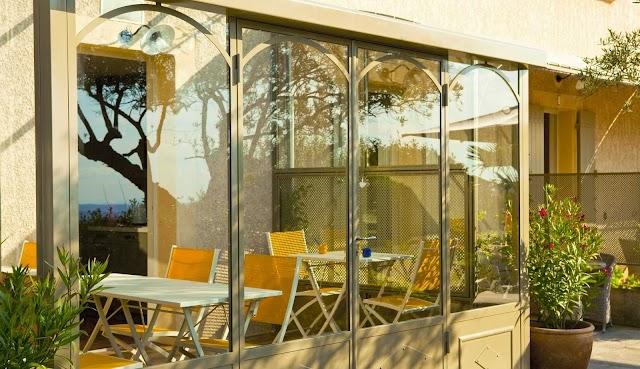 LES TERRASSES DU LUBERON - Chambres d'hôtes - B&B - Gästezimmer - Provence