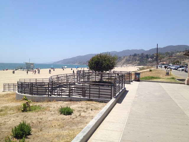 South Will Rogers State Beach