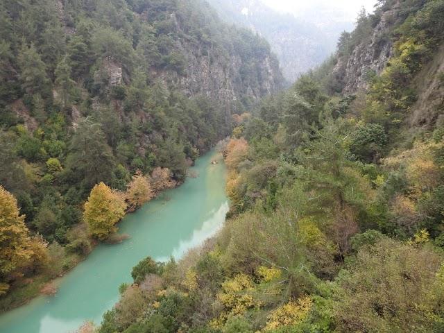 Chouwen yahchouch river