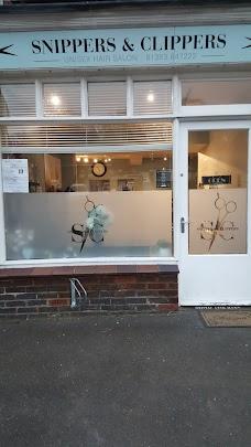 Mint Haircutting At Daniels london