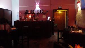 1900 Pub y Pizzería 4