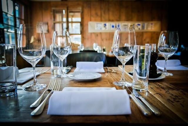 16 Art-Bar-Restaurant