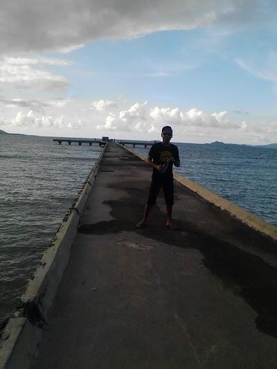 Pelabuhan Unsrat