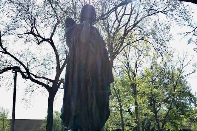 Sakakawea Statue, Bismarck, United States