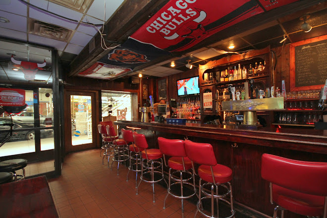 Stocks and Blondes Bar and Grille, Chicago, United States